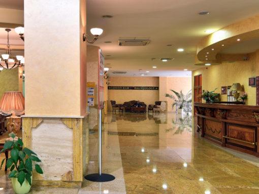 Estreya Hotels