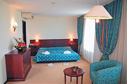 Grand Hotel Varna room 03