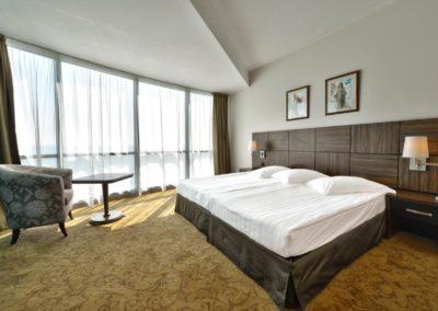 Marina Grand room 04