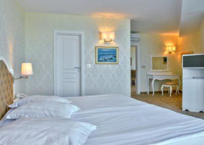 Marina Grand room 07