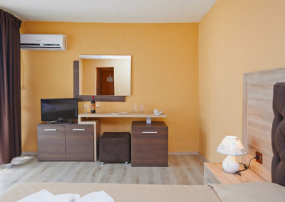 Interhotel Pomorie Room 01