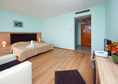Interhotel Pomorie Room 03
