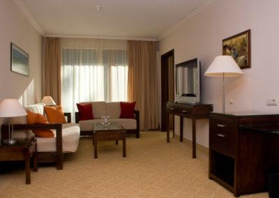 Velina Room 06