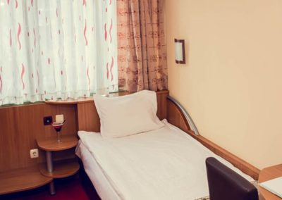 Zdravets Single Room 01