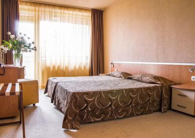 Gladiola room 05