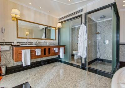 Grand Hotel Pomorie room 05