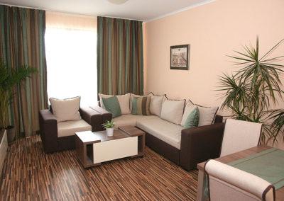 Long Beach Resort room 02