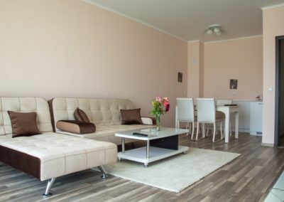 Long Beach Resort room 06