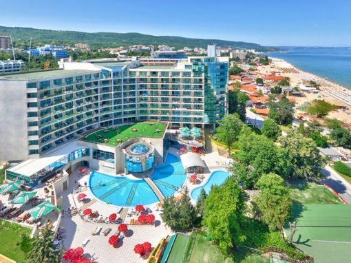 Отель Марина Гранд Бийч