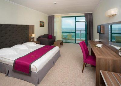Marina Grand room 02