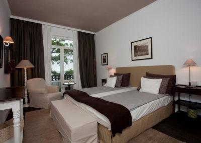 Oasis room 05