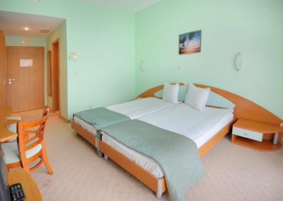 Palm Beach room 02