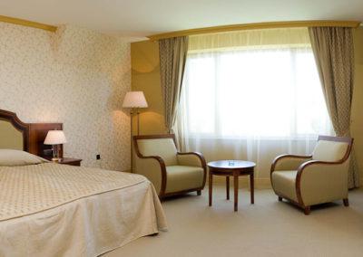 Romance room 03