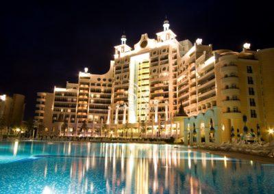 Sunset Resort 06