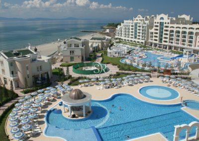 Sunset Resort 31