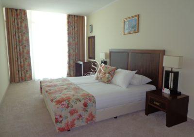 Sunset Resort room 05