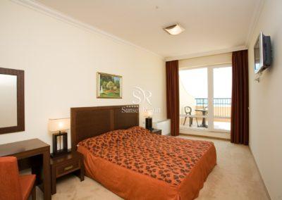 Sunset Resort room 09