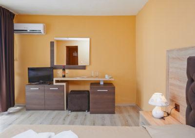 Interhotel Pomorie Room 01