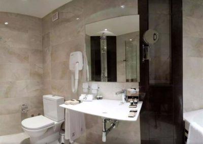 Swiss BelHotel Bathroom 02