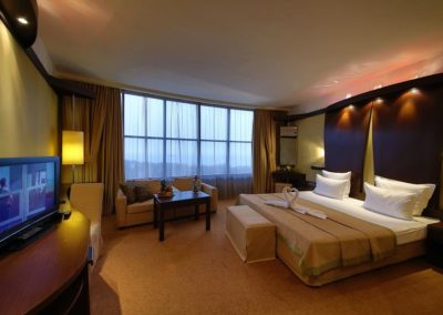 Swiss BelHotel DeLux Room 01