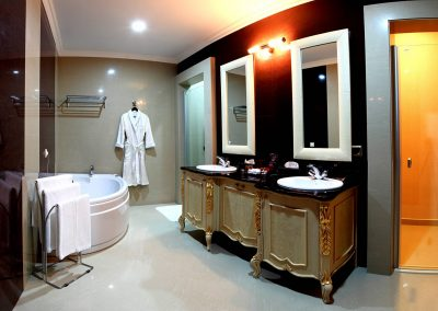 Grand Hotel Primoretz Room 08