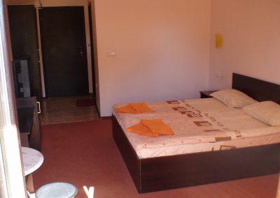Chernomoretz Room 04