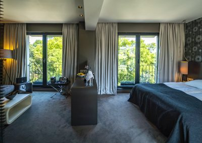 Medium suite 4(5)