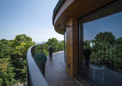 Medium suite 6 terrace
