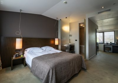Small suite(2)